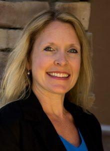 headshot of the author Wendi Iacobello