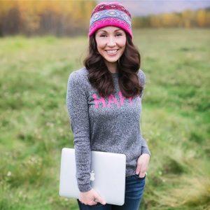 headshot of Ashley