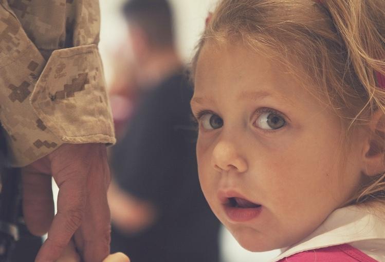 How to Make Military Family Moves Easier On Children